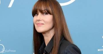 Monica Bellucci invecchiata e con i capelli bianchi: le foto dell'attrice