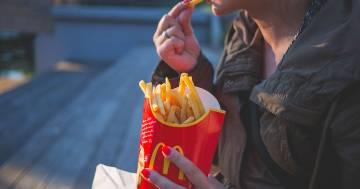 Un ex dipendente di McDonald's svela il trucco per avere patatine sempre perfette