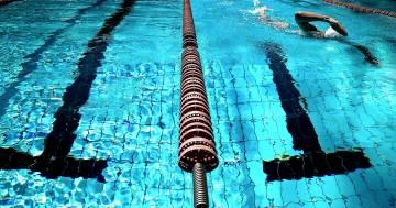 Riaperture UK: sei metri quadri per bagnante e divieto di doccia