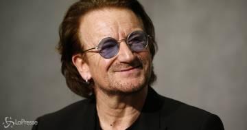 Auguri a Bono: il leader degli U2 oggi compie 61 anni