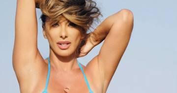 Sabrina Salerno e la prima foto in bikini della stagione: ecco la reazione dei follower