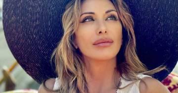 Semplicemente divina, le nuove foto di Sabrina Salerno a Venezia