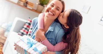 Festa della mamma 2021: ecco le idee per i regali più belli