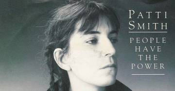 Patti Smith: compie 33 anni 'People Have the Power'