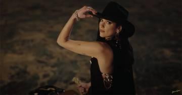 "Dua Lipa diventa una bellissima cowgirl in ""Love Again"": ecco il video"