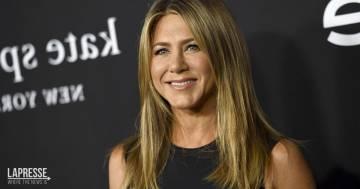 Ecco la sosia di Jennifer Aniston che sta conquistando TikTok: la somiglianza è incredibile