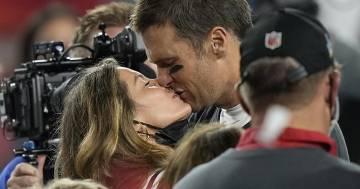 Tom Brady e il romantico messaggio di auguri per Gisele Bündchen: ecco cosa ha scritto