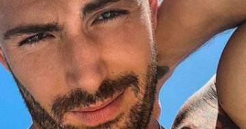 Ignazio Moser a Ibiza: cosa ha fatto ai capelli?