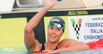 Federica Pellegrini si scatena sott'acqua: il video con la collega Martina Carraro