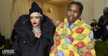 Da Rihanna a Kim Kardashian: i look più eccentrici sul red carpet del Met Gala 2021