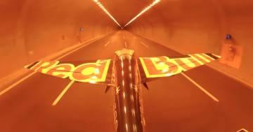 Vola a 245km/h dentro due tunnel dell'autostrada, l'impresa di Dario Costa