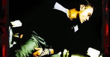"""""""Rosso Relativo"""" compie 20 anni: ecco il ricordo di Tiziano Ferro"""