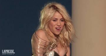 Più sexy che mai, le nuove foto di Shakira fanno innamorare i fan