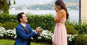 I Me contro Te si sposano e la proposta di matrimonio è da favola: ecco il video